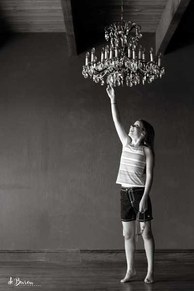 Jean_H_de_Buren_the_chandelier_8971-BW
